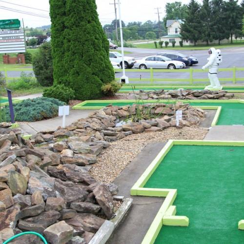 Waynesboro Golf and Games
